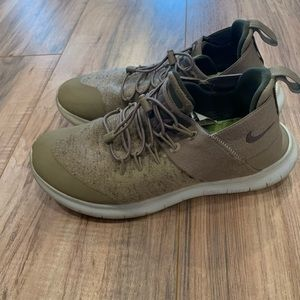 Nike Free RN Communter Running Sneakers